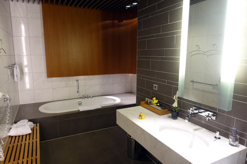 Everyone loves the bath suites at the Lufthansa First Class Terminal.