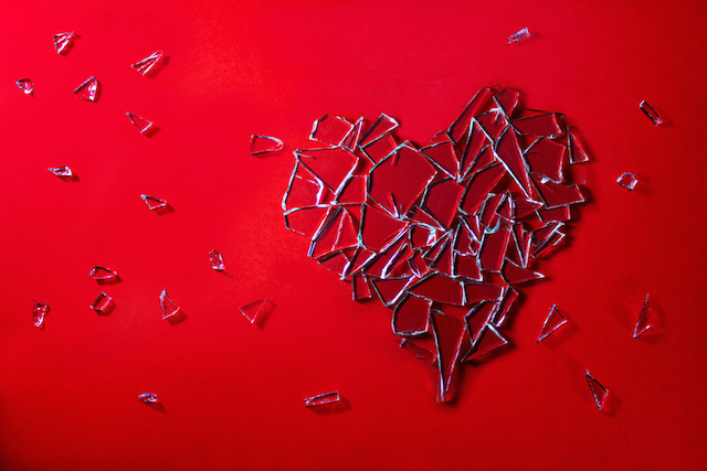Broken Heart Love Quotes Wallpaper Breaking Free From The Pain Of Heartbreak