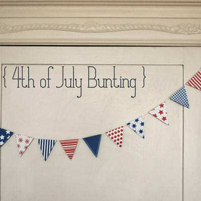 Printable 4th of July Bunting and Mini Flags \u2013 Tip Junkie