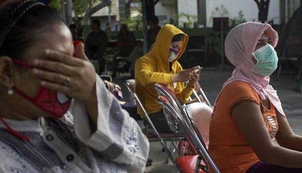 Lokalisasi Semarang Foto Tante Girang Bandung Ngentot Foto Cewek Bugil Lokalisasi Semarang Tolak Migrasi Psk Dolly Tempo Nasional