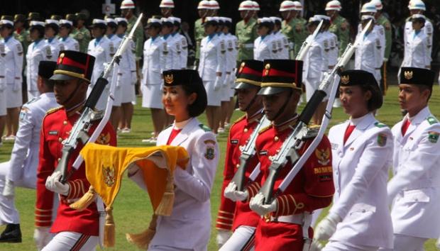 Maria Felicia Lega Bisa Selesaikan Tugas Bawa Bendera Pusaka