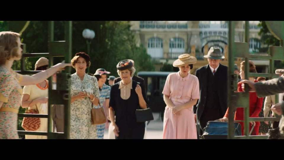 The Zookeeper's Wife Featurette - Be Bold For Change (2017) Screen Capture