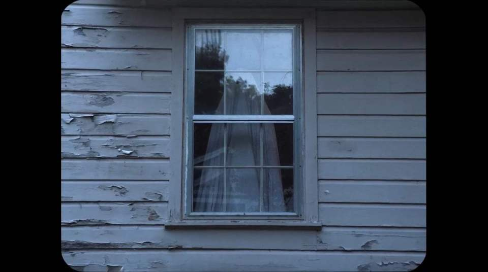 A Ghost Story Trailer (2017) Screen Capture