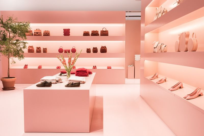 Fall Aesthetic Wallpaper Luxe Leather Pop Up Shops Millennial Pink Popup