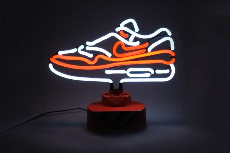 Lanterns Wallpaper Hd Neon Sneaker Lamps Neon Sneaker
