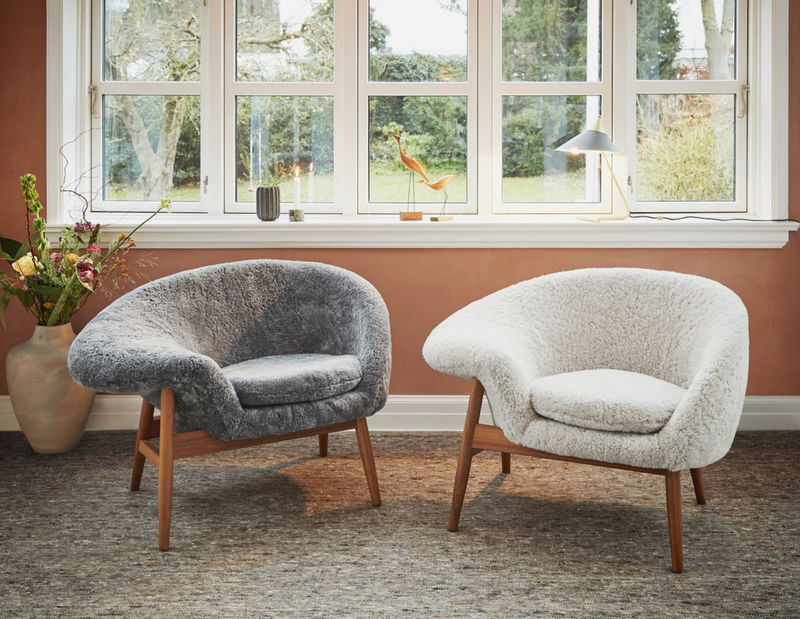 Ultra Cozy Sheepskin Chair Designs Sheepskin Chair