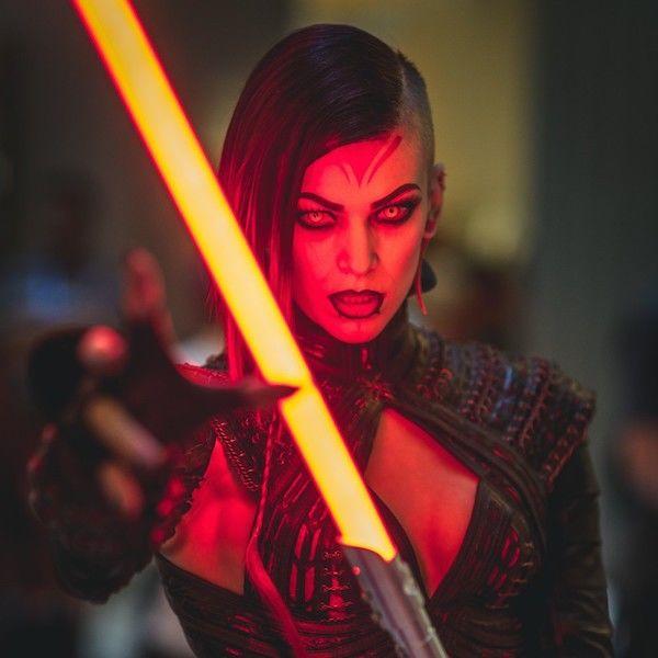 Cute Feminine Desktop Wallpaper Feminine Dark Lord Cosplays Star Wars Sith