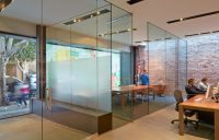 Creative Office Design in San Francisco With A Frosted ...
