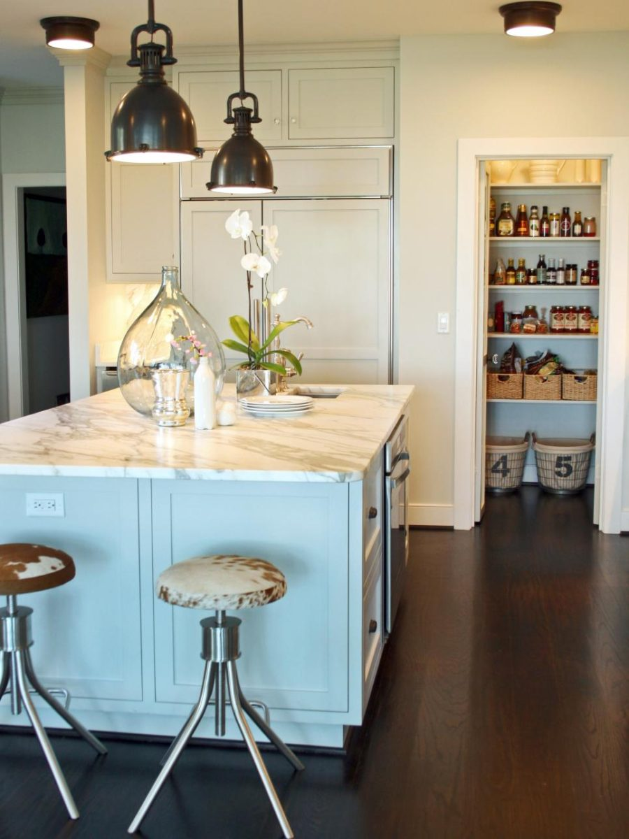 Marble Round Modern Pantry Ideas That Are Stylish And Practical