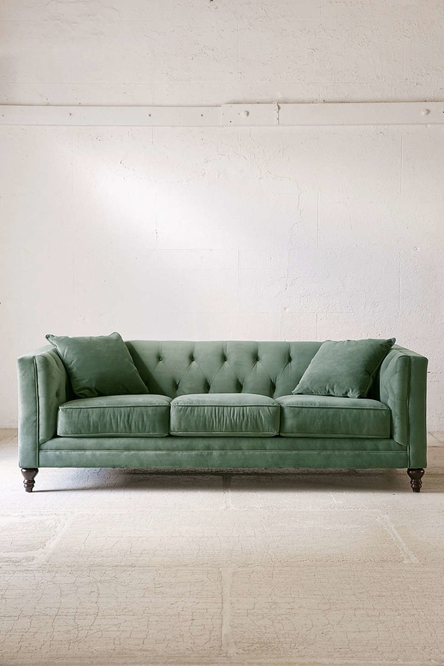 Urban Sofa S 20 Velvet Couches That Add Sophistication And Eclectiscism