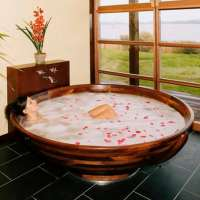 Wooden Bathtubs for Modern Interior Design and Luxury ...