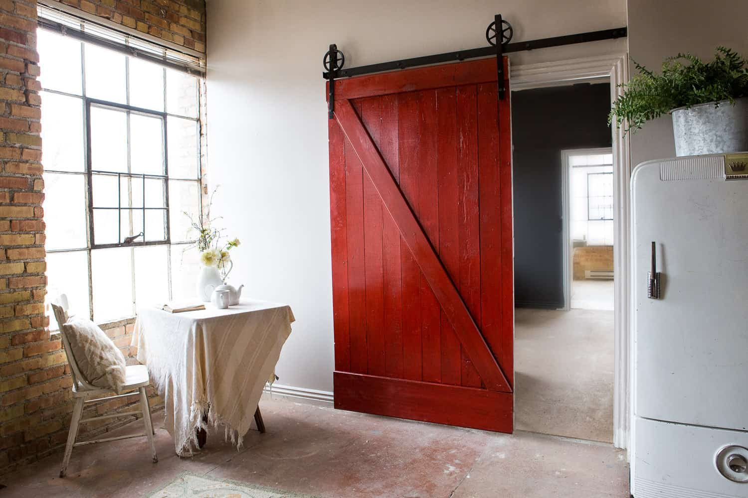 Painted Barn Doors Architectural Accents Sliding Barn Doors For The Home