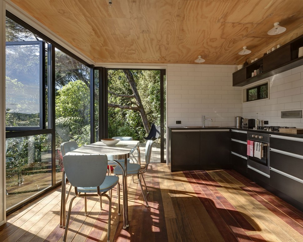 Haus Aus Seecontainer Tall Dark And Handsome 4 Split Level Home In Auckland