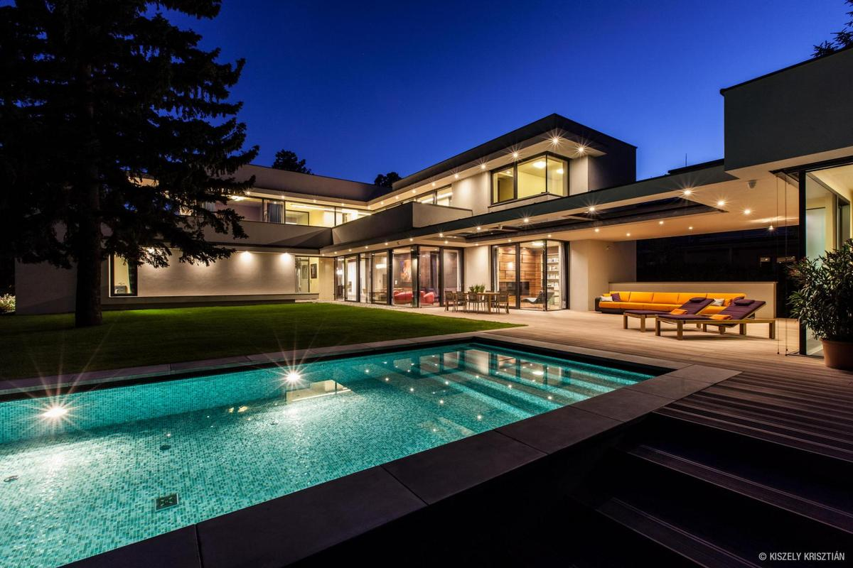 Bauhaus Villa Modern Day Bauhaus Home Is A Contemporary Masterpiece