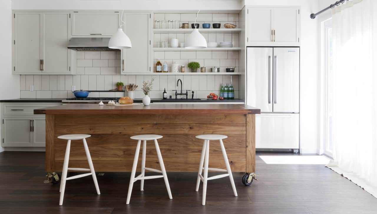 Movable Kitchen Islands With Stools Simo Design Puts Large Kitchen Island On Wheels