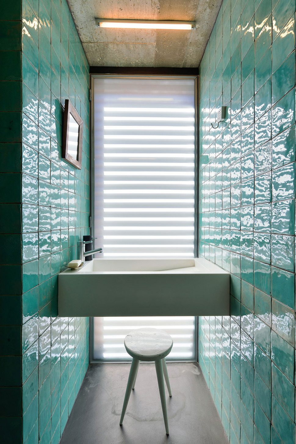 View in gallery seafoam reflective tile 1 jpg