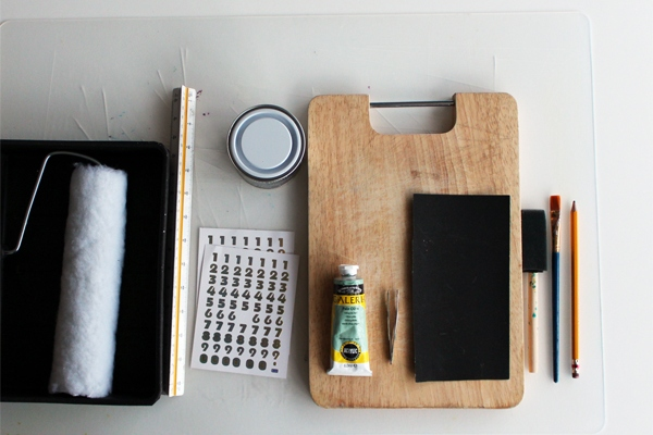 Make Your Own Perpetual Calendar With Blackboard Paint