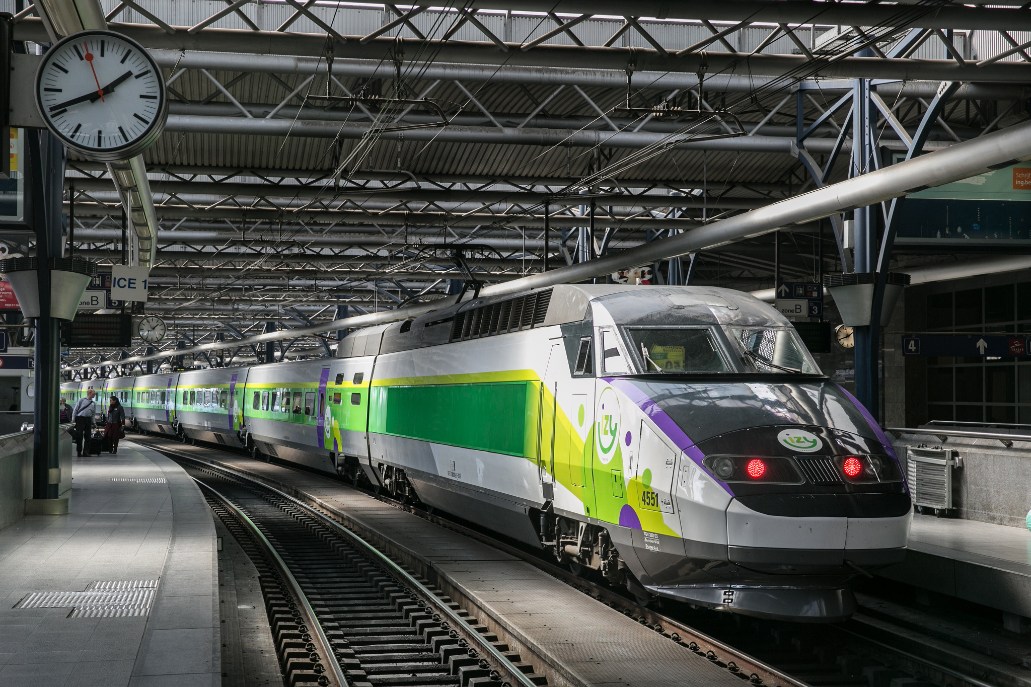 Trein Parijs Inauguration Of The First Izy Train