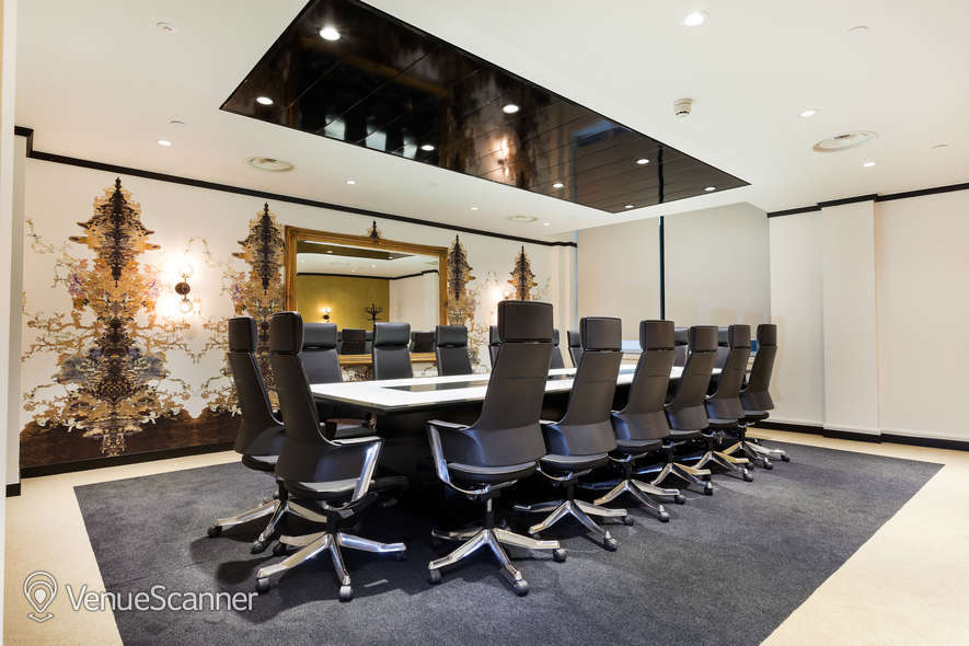 Hire Office Space In Town - Mayfair Champagne Club VenueScanner