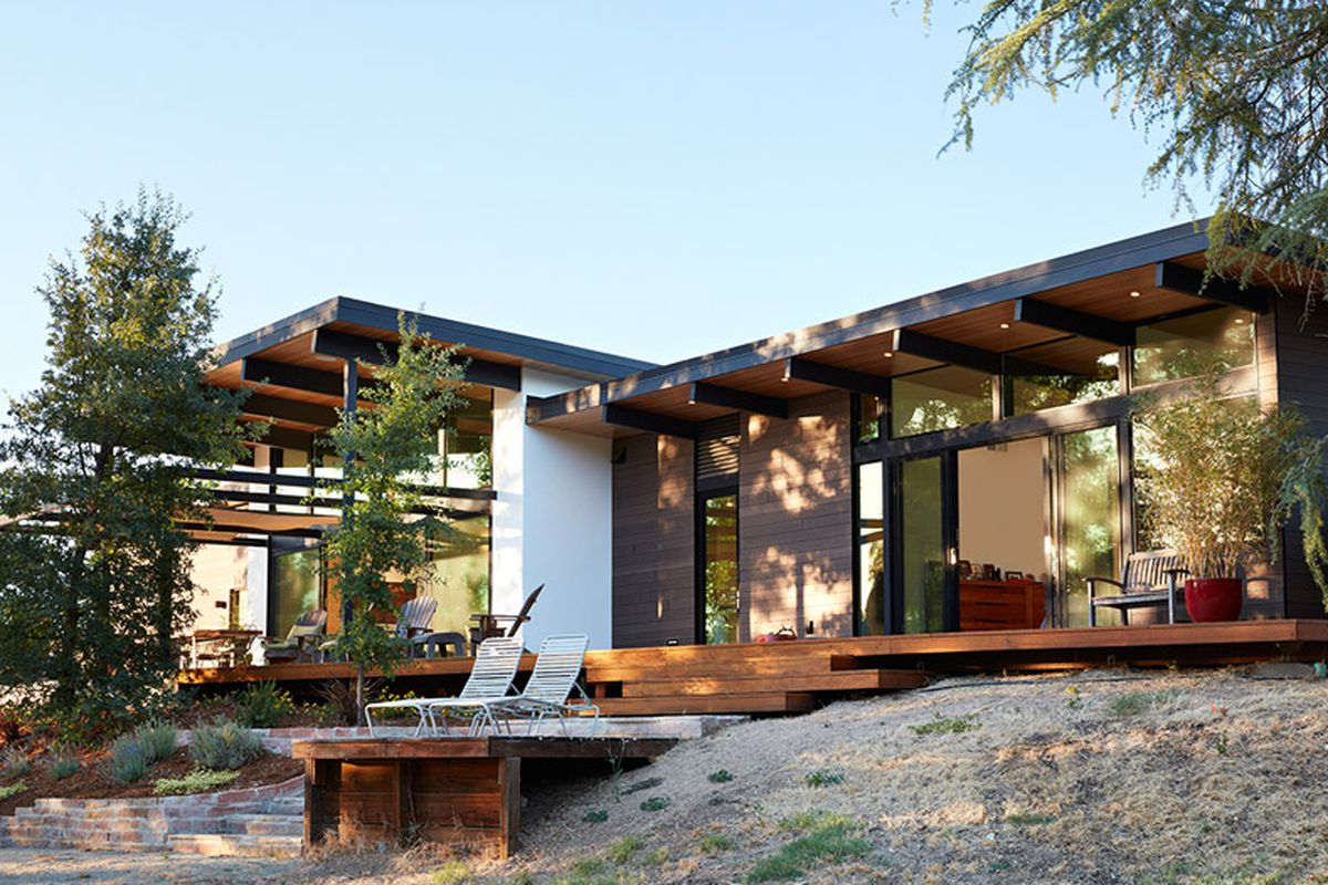 California Modern Architecture Midcentury Inspired California Home Is An Indoor Outdoor