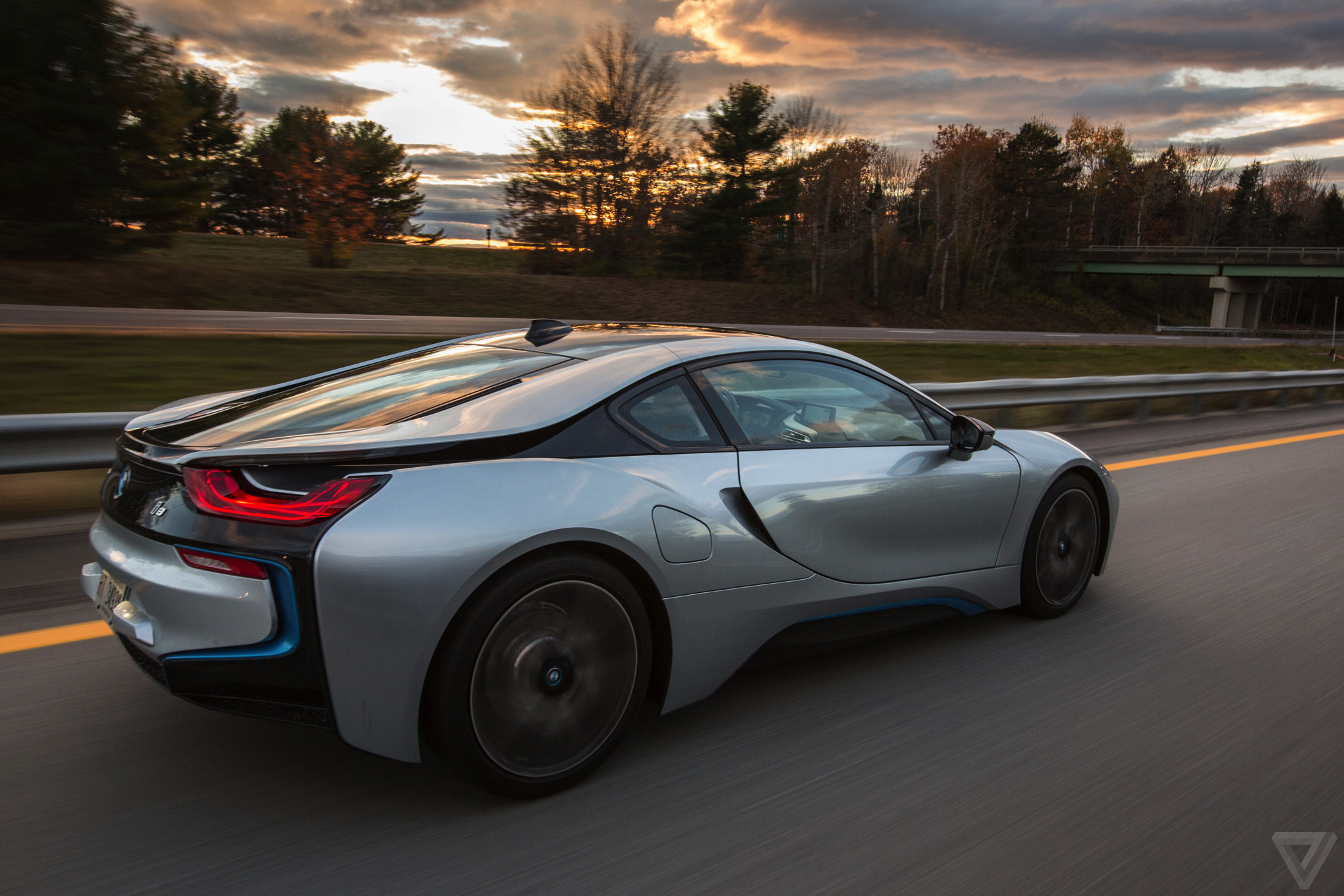 Car Streaks Wallpaper Thunder And Lightning Bmw I8 Review The Verge