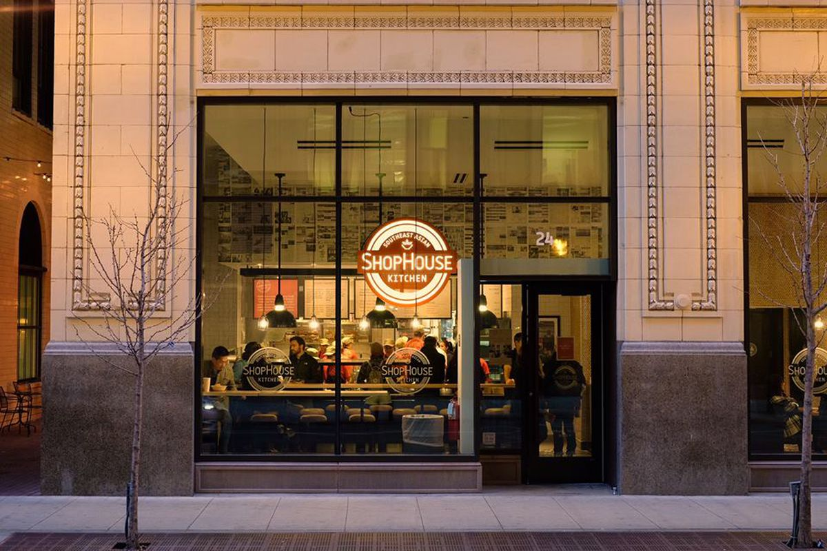 Chipotle Mexican Grill Chipotle Will Shut Down All Shophouse Asian Kitchen