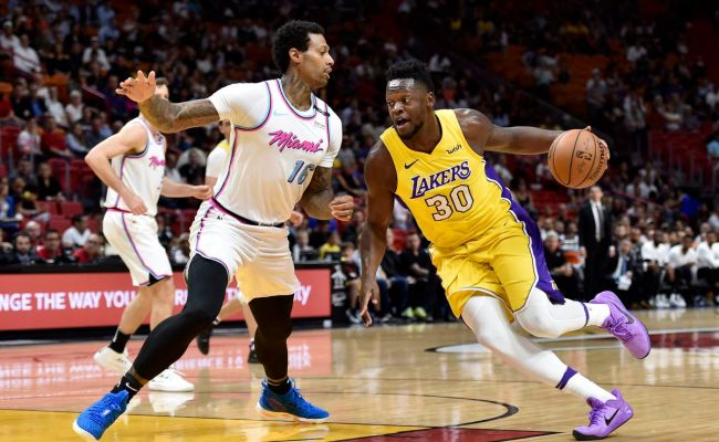 Lakers Vs Heat Final Score Lakers Offense Burns Heat In 131 113 Victory Silver Screen And Roll