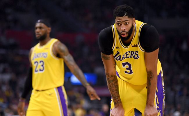 Lakers Feel They Beat Themselves In Loss To Clippers