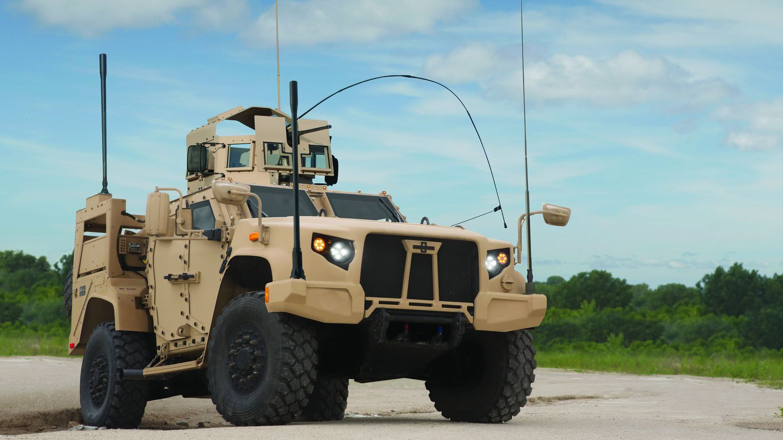 Jb Lighting P7 Update Here Is The Badass Truck Replacing The Us Military 39s Aging