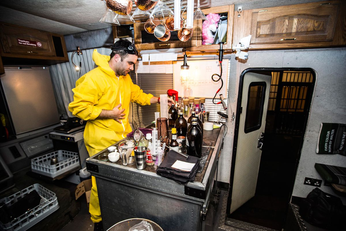 Breaking Bad Set Year Breaking Bad Inspired Cocktail Bar In An Rv Will Pop Up