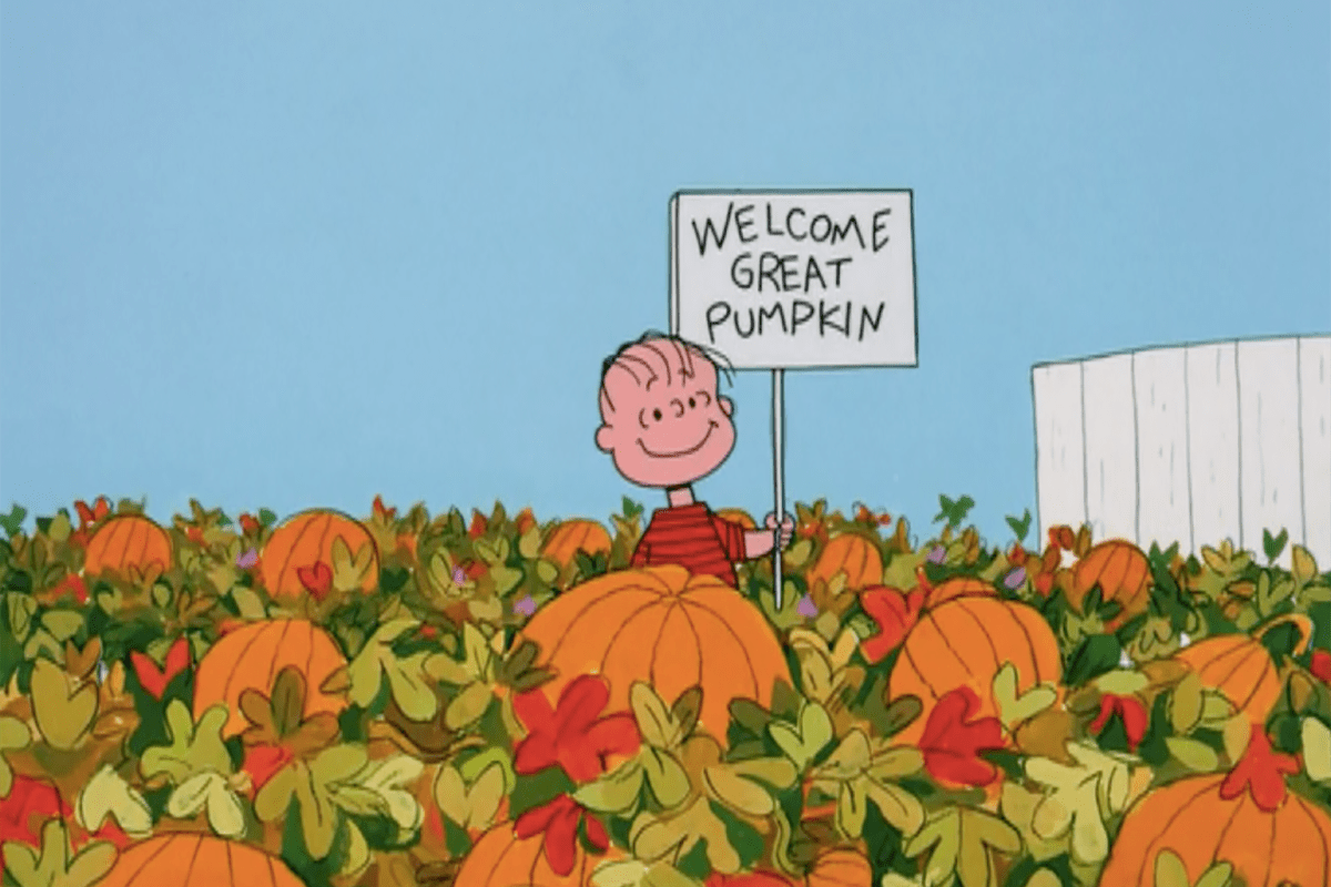 Peanuts Wallpaper Fall It S The Great Pumpkin Charlie Brown Is A Christmas
