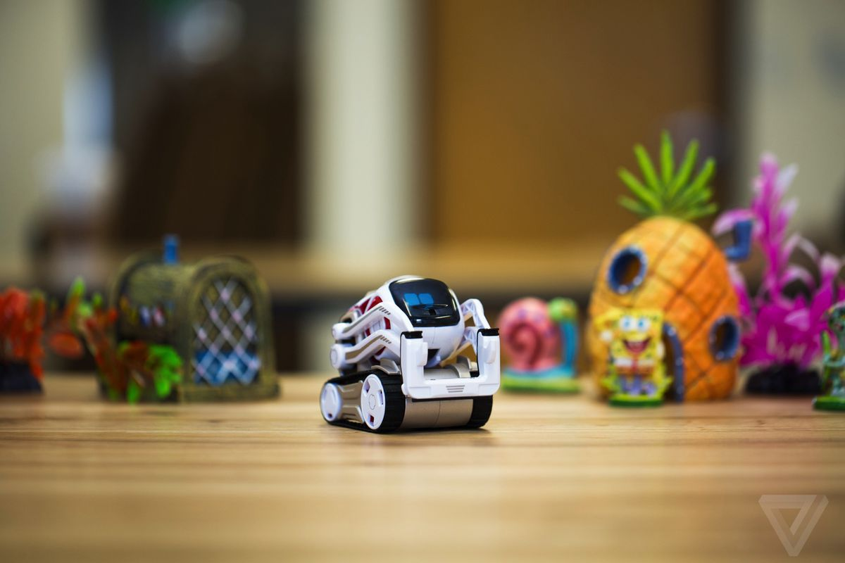 Toy Story Toys Videos Anki 39;s Cozmo Robot Is The New Adorable Face Of Artificial