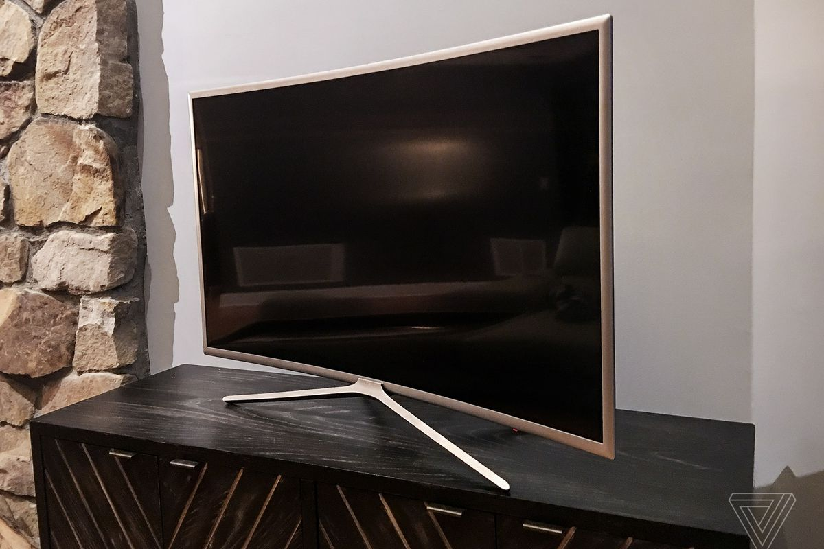 Curved Tv Wohnzimmer A Review Of My New Samsung Curved Tv I Hate It So Much