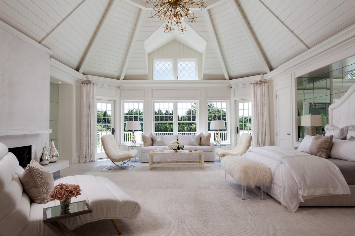 Hampton Style Bedrooms Hamptons Homes For Sale With Two Master Suites Curbed