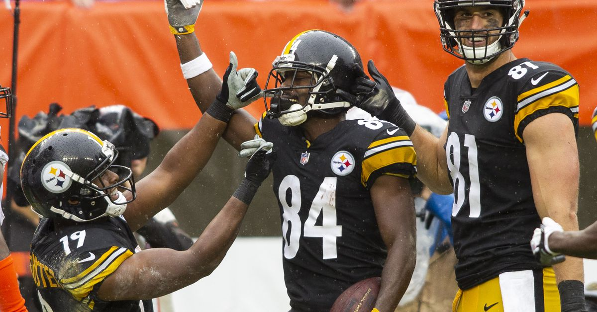 Steelers Wr Antonio Brown Lashes Out On Social Media After