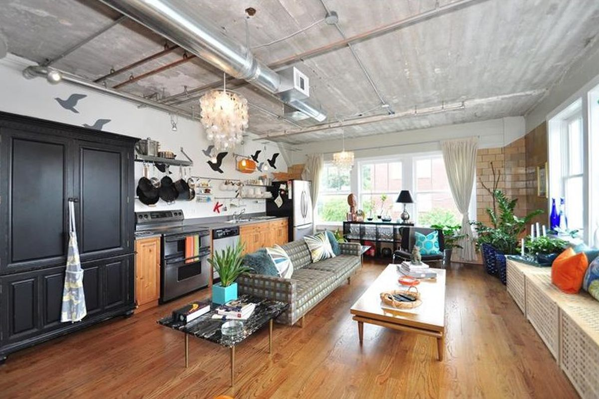 Big Loft Castleberry Hill Warehouse Loft Brings Big Personality For