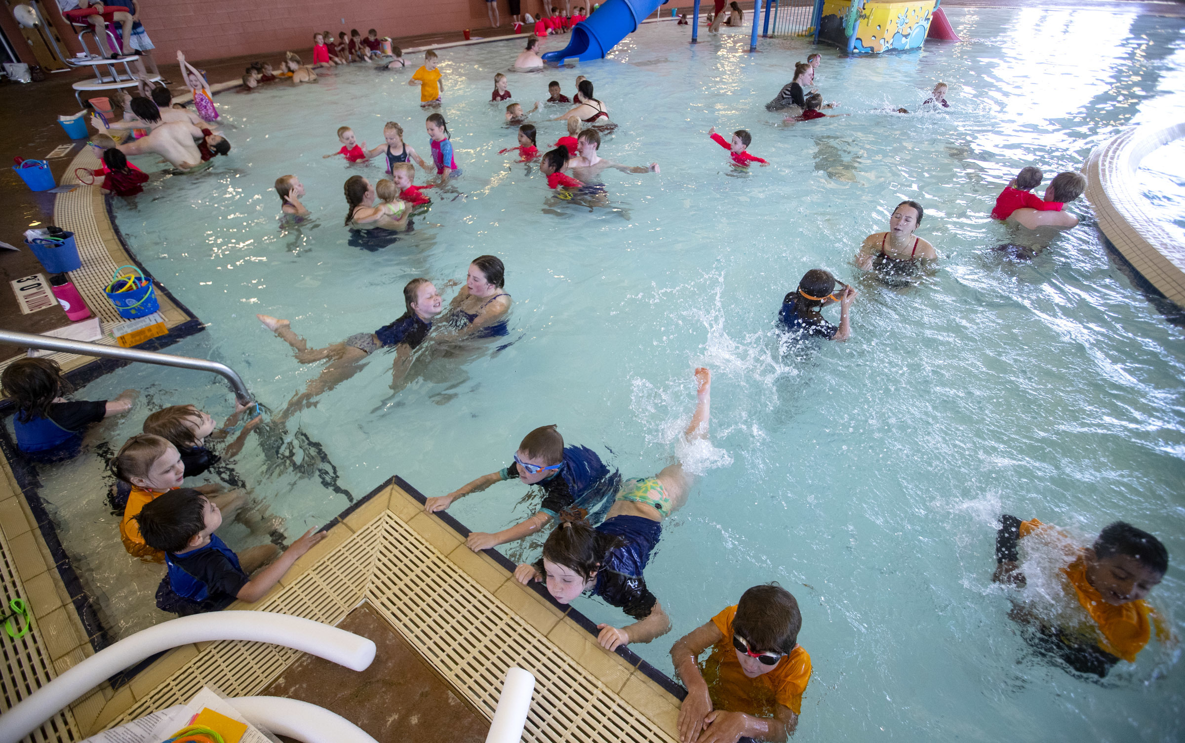 Pool Filtersand Obi Photos World S Largest Swimming Lesson Aims To Create A