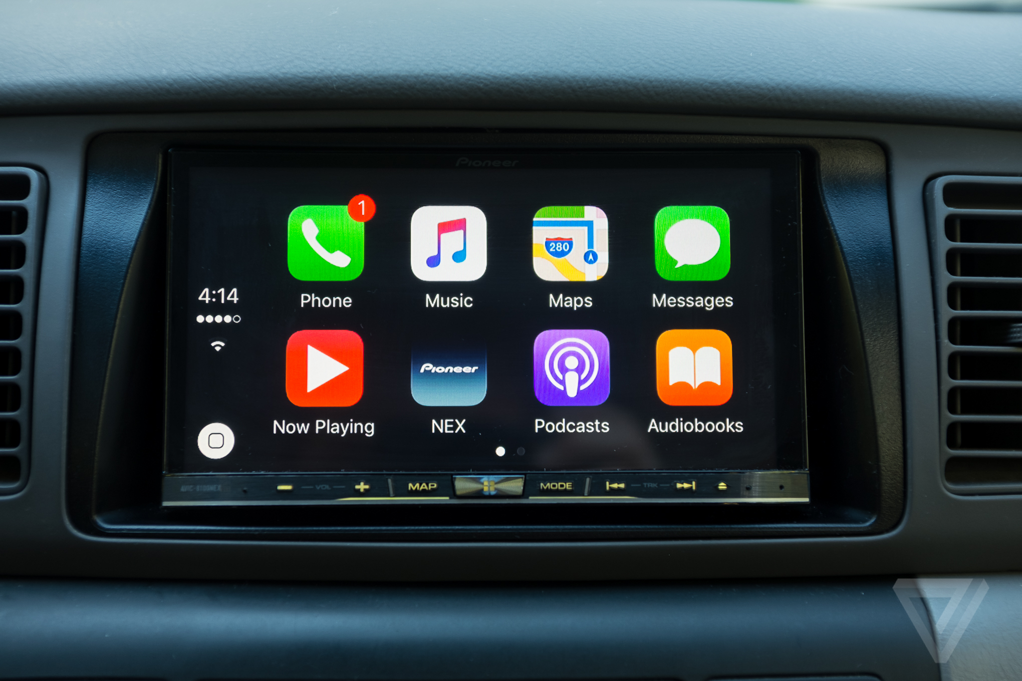 Best Sat Nav Android Getting Apple Carplay And Android Auto In Your Car Is