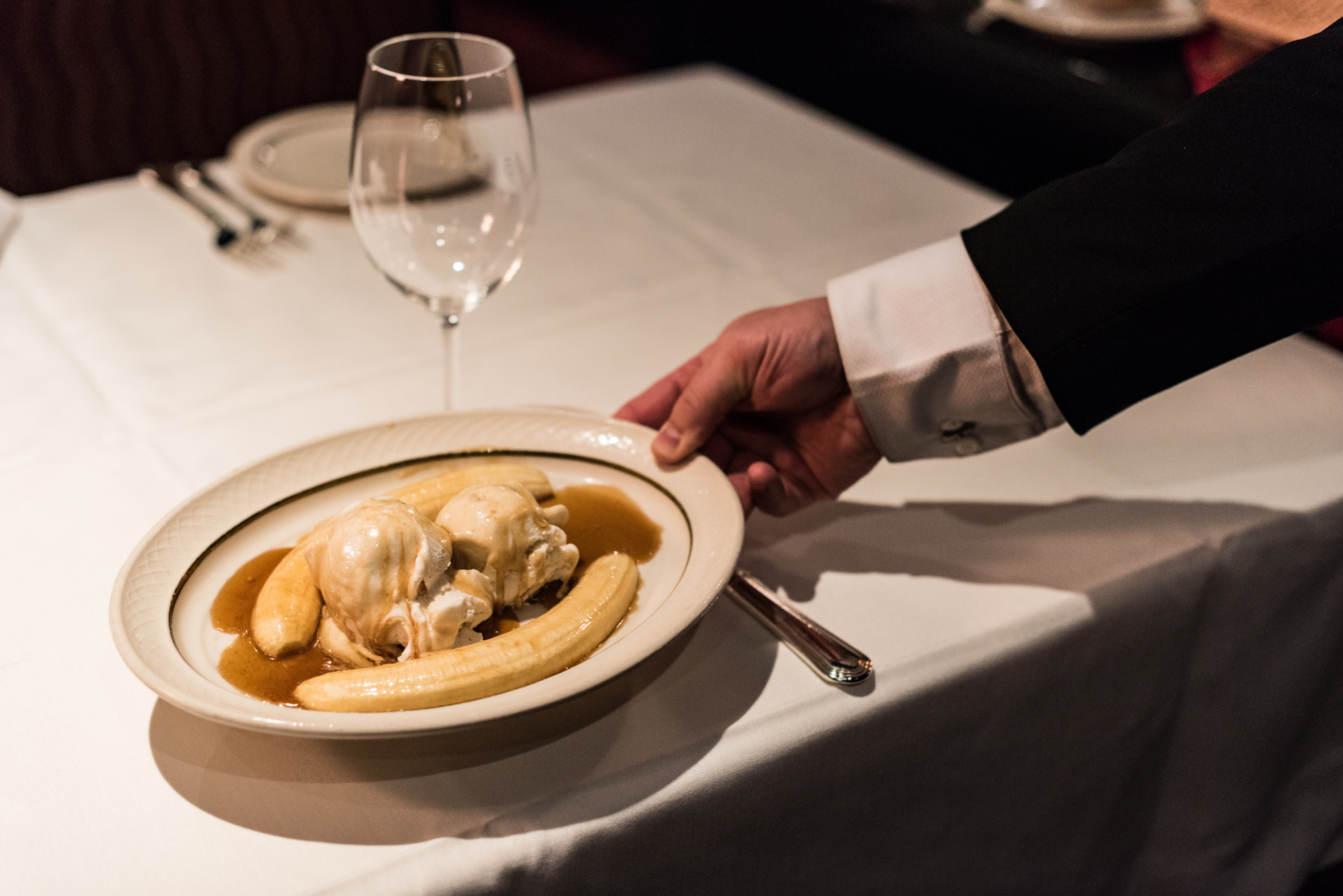 Classic Table Side Dishes See El Gaucho S Beloved Bananas Foster Prepared Tableside Eater