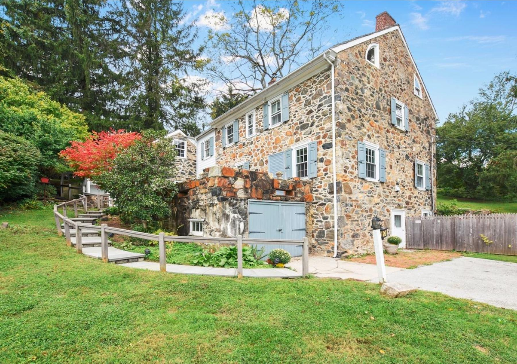 Stone Farmhouse For Sale Pa 5 Really Old Stone Homes For Sale In Pennsylvanias