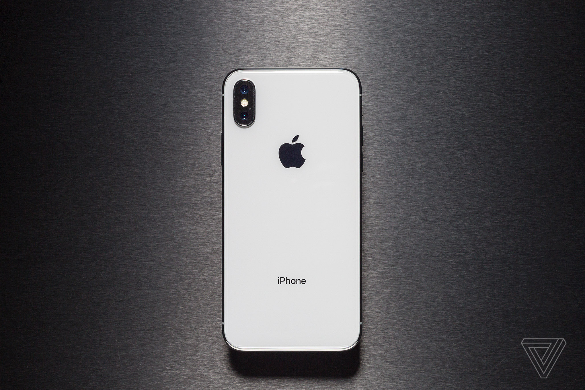 Iphone X Wallpaper Download Live Iphone X Review Face The Future The Verge
