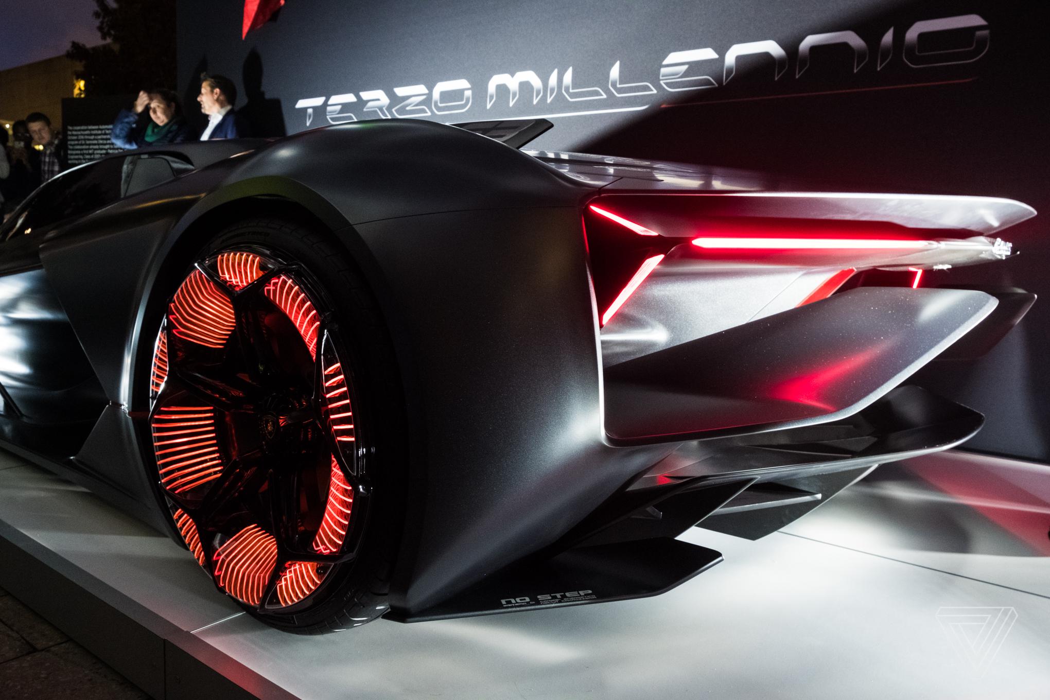 Engine Live 3d Wallpaper The Lamborghini Terzo Millennio Concept Is A Lightning