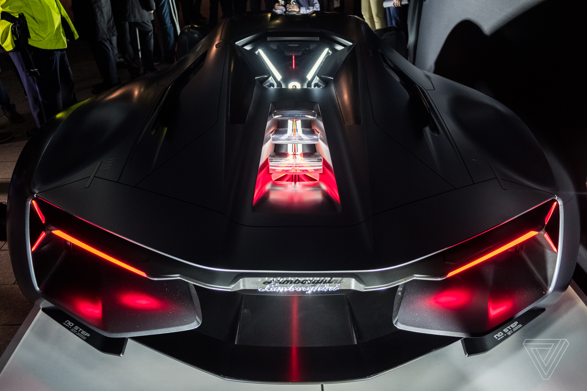 3d Clock Live Wallpaper The Lamborghini Terzo Millennio Concept Is A Lightning
