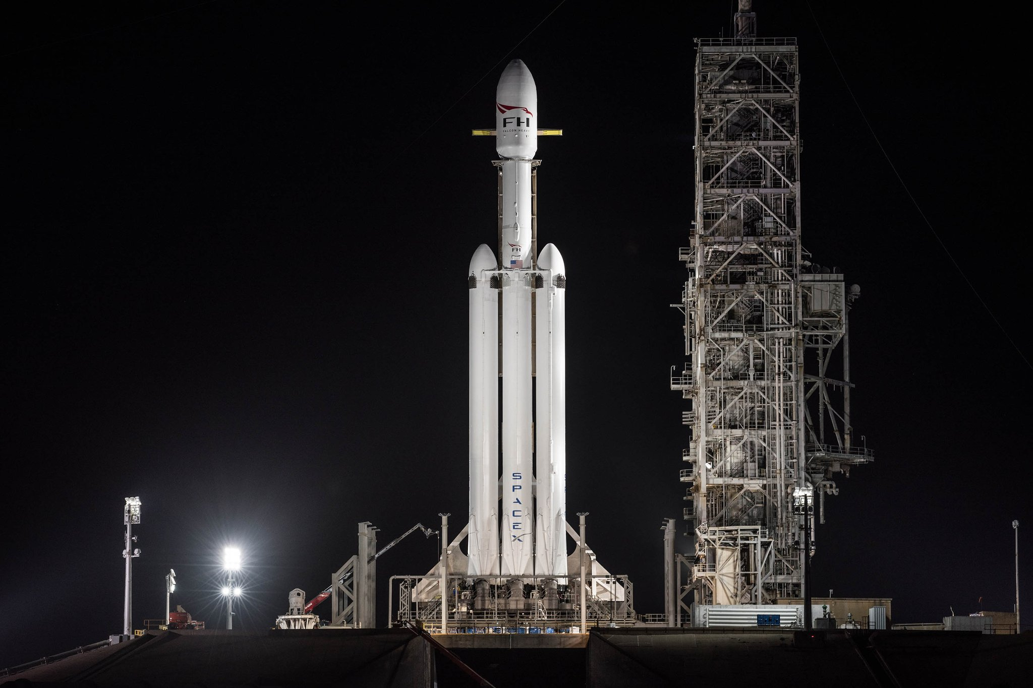 Elon Musk Car In Spac Wallpaper Spacex Nails Falcon Heavy Launch Wing Commander Cic