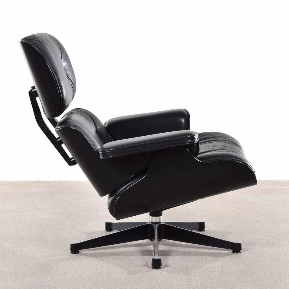 Vitra Lounge Chair Tweedehands Charles Ray Eames Lounge Chair Zwart Hout En Leer