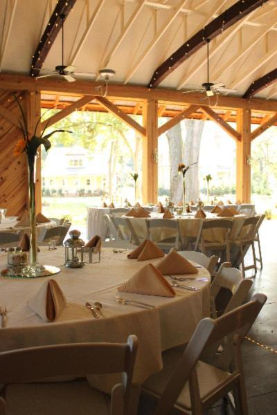 Alexander Homestead Weddings Weddings | Get Prices for ...