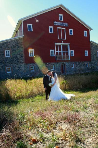 Kleffner Ranch Barn Weddings | Get Prices for Wedding ...