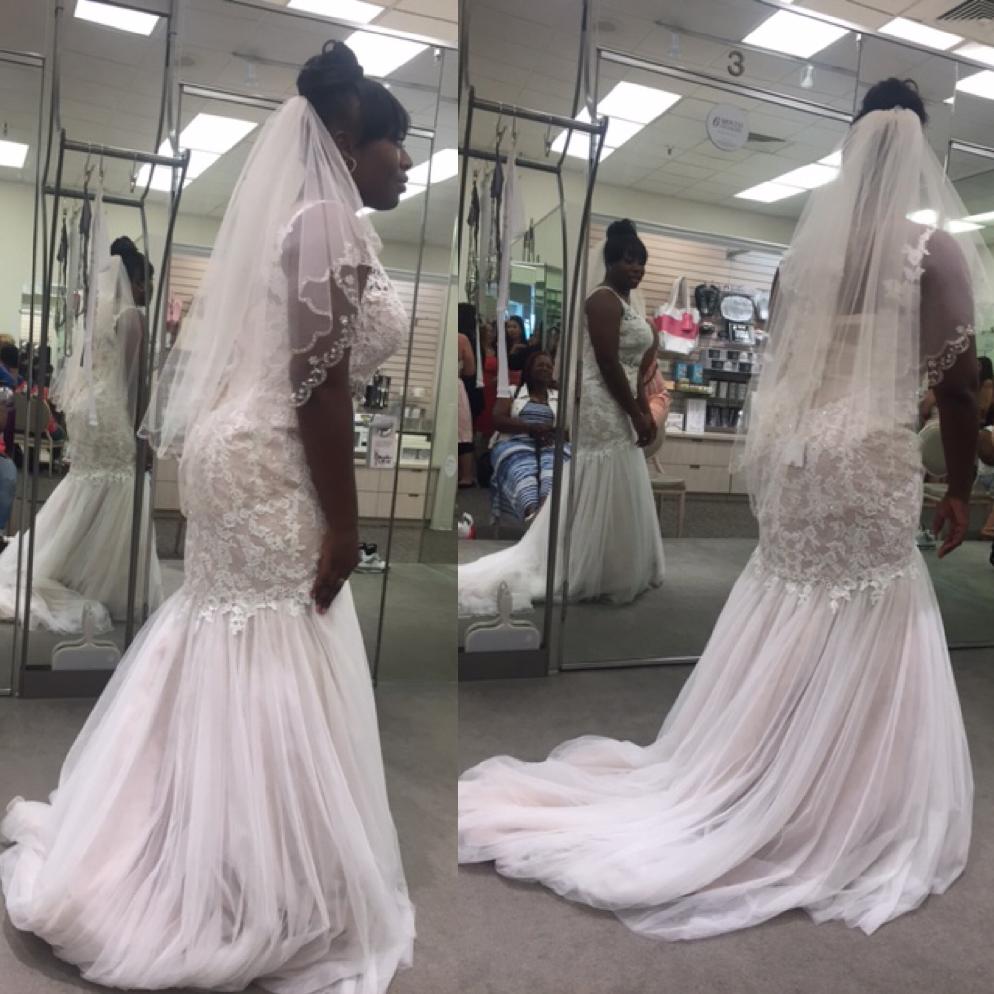 galina signature wedding gown new wtags wedding dress bag It has been stored in a dress bag and in brand new condition with tags since November It s a lace Venetian styled wedding dress that is absolutely