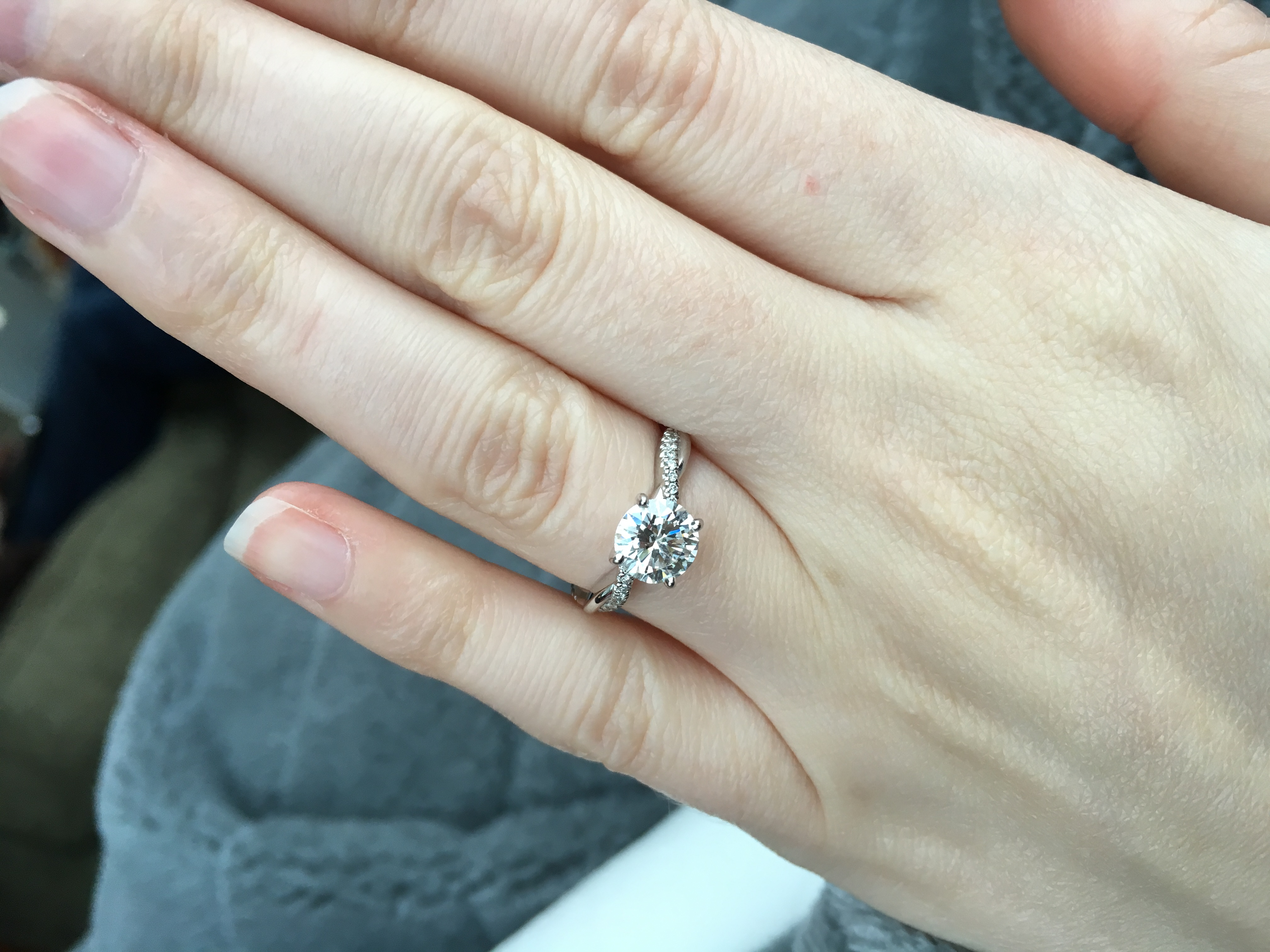 platinum petite twisted vine round cut diamond ring brilliant earth wedding bands I have the Brilliant Earth petite twisted vine Here is a 1 carat on a size 4 5 finger It is very petite and in my opinion the diamond does not overwhelm