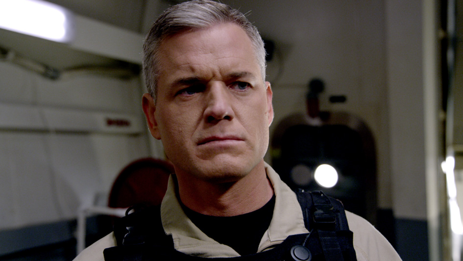 "TNT has released six Promotional Photos of The Last Ship episode ""<b>Dog Day</b>"" ... - 306_lastship_photo03"